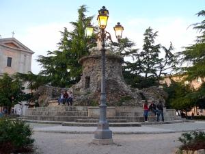Piazza XIX marzo - fontana Biondi