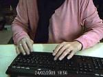 mani-e-tastiera